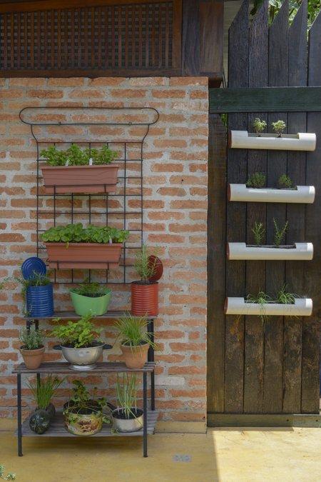 Horta em canos de PVC ©Zé Gabriel